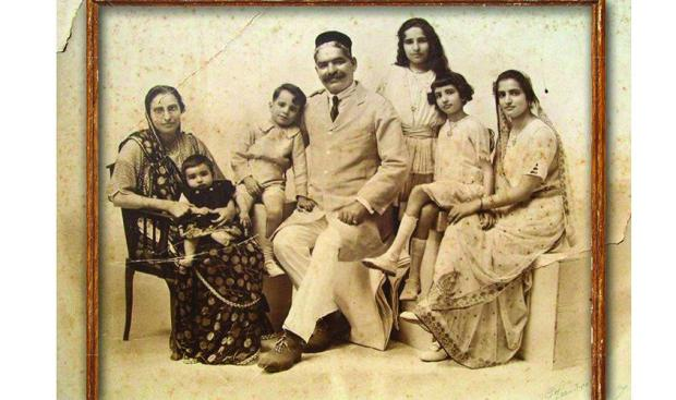 Family portrait of Dinbai Jal D.B. Irani (extreme left), who was the first Parsi woman entrepreneur in Delhi and owned the Empress Aerated Soda Water factory here during the 1920s