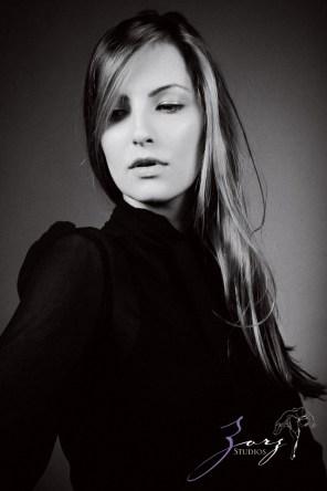 Effortless, Powerful, Classic: Beauty Portraiture (15)