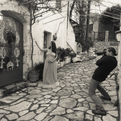Sprout to Roots: Destination Maternity Shoot in Greece (6)