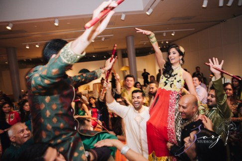 Phillyng in Love: Shruti + Milan = Indian Wedding by Zorz Studios (174)