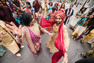Phillyng in Love: Shruti + Milan = Indian Wedding by Zorz Studios (129)
