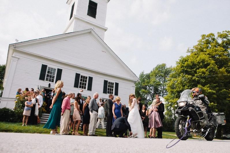 Wolke 9: Jana + David = German-American Rustic Wedding in Vermont by Zorz Studios (75)