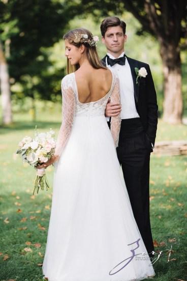 Wolke 9: Jana + David = German-American Rustic Wedding in Vermont by Zorz Studios (62)