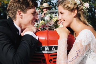 Wolke 9: Jana + David = German-American Rustic Wedding in Vermont by Zorz Studios (59)