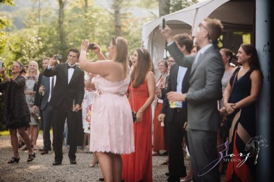 Wolke 9: Jana + David = German-American Rustic Wedding in Vermont by Zorz Studios (50)