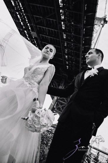 Touching: Ekaterina + Ross = Emotional Wedding by Zorz Studios (35)