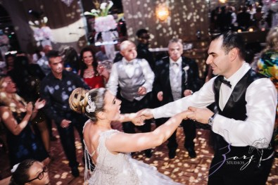 Touching: Ekaterina + Ross = Emotional Wedding by Zorz Studios (5)