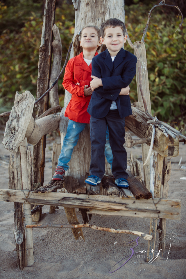 Double Shot: Family Portraits for a Fellow Photographer by Zorz Studios (17)
