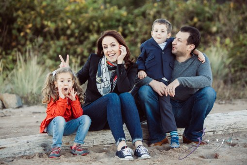 Double Shot: Family Portraits for a Fellow Photographer by Zorz Studios (13)