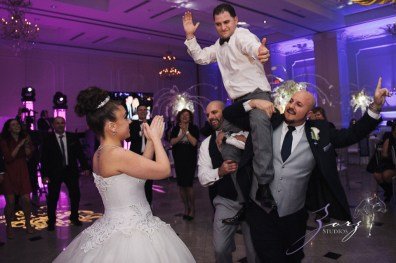 AA Batteries Included: Anna + Alex = Supercharged Wedding (15)