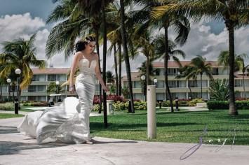 MerMarried: Destination Wedding in Mexico by Zorz Studios (54)