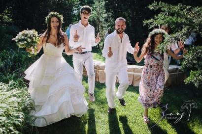 Birth of Venus: Alexandra + Ricardo = Rustic Wedding by Zorz Studios (44)
