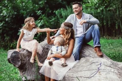 Teepee: Bohemian Family Photoshoot by Zorz Studios (62)