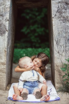 Teepee: Bohemian Family Photoshoot by Zorz Studios (55)