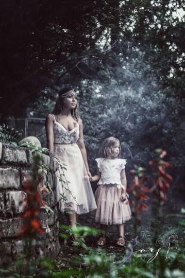 Teepee: Bohemian Family Photoshoot by Zorz Studios (45)