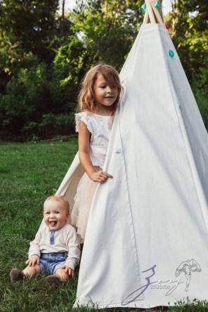 Teepee: Bohemian Family Photoshoot by Zorz Studios (39)