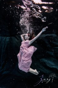 Sweetwater: Sweet 16 Underwater Photoshoot by Zorz Studios (22)