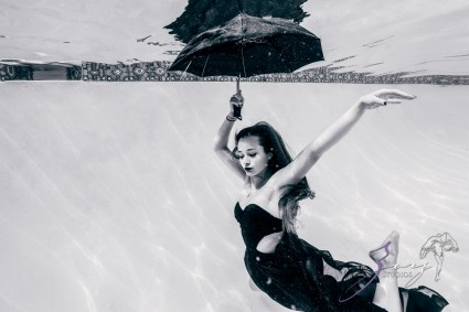 Sweetwater: Sweet 16 Underwater Photoshoot by Zorz Studios (9)