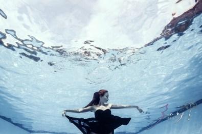 Sweetwater: Sweet 16 Underwater Photoshoot by Zorz Studios (3)