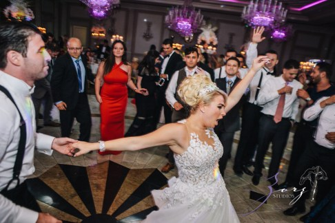 Shall We Dance? Esther + Bernie = Classy Wedding by Zorz Studios (12)