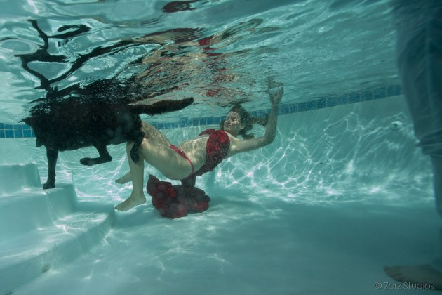 Ad Vitam: Underwater Maternity Session by Zorz Studios (7)