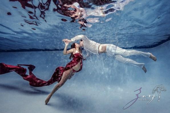 Ad Vitam: Underwater Maternity Session by Zorz Studios (2)