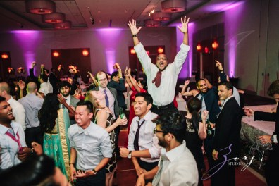 7th Circle: Manjula + Evan = Indian-Jewish Wedding by Zorz Studios (7)