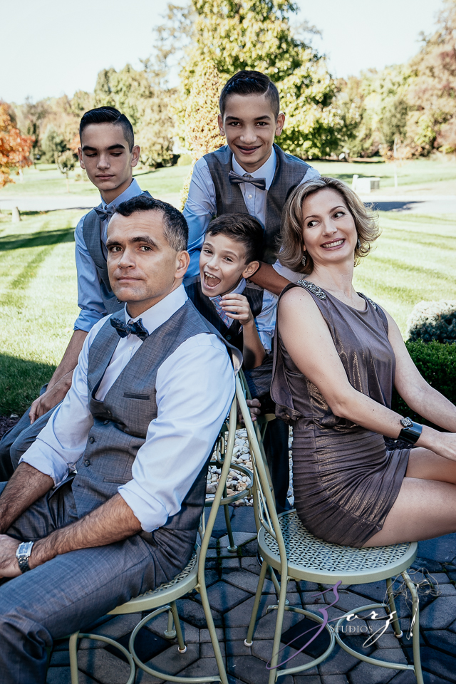 """non traditional family Today, more than ever before, the concept and definition of """"family"""" has been  enlarged to include parties who never before were included as parents or  potential."""