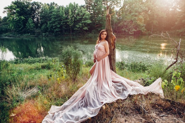 Creative Maternity and Pregnancy Photos in New York and Worldwide (36)