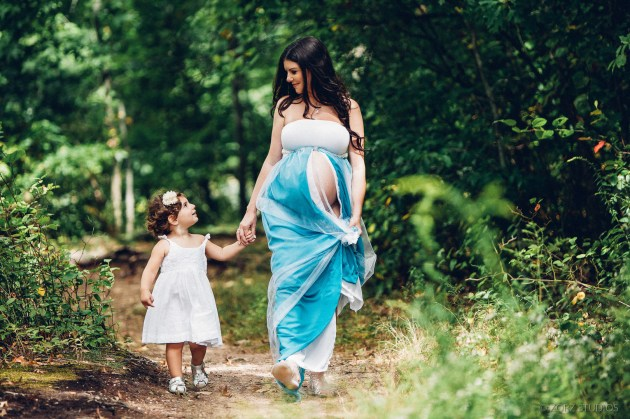 Creative Maternity and Pregnancy Photos in New York and Worldwide (42)
