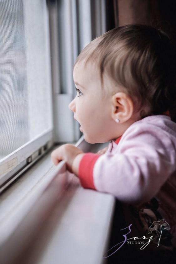 Big Eyes: Adorable Baby Girl Photoshoot by Zorz Studios (26)