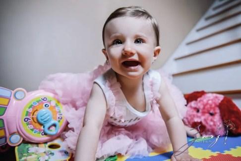 Big Eyes: Adorable Baby Girl Photoshoot by Zorz Studios (18)