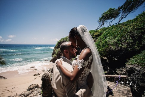 Bell Hunters: Stephanie + Josh = Dominican Republic Wedding by Zorz Studios (3)