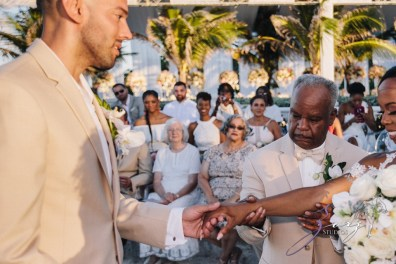 Bell Hunters: Stephanie + Josh = Dominican Republic Wedding by Zorz Studios (45)