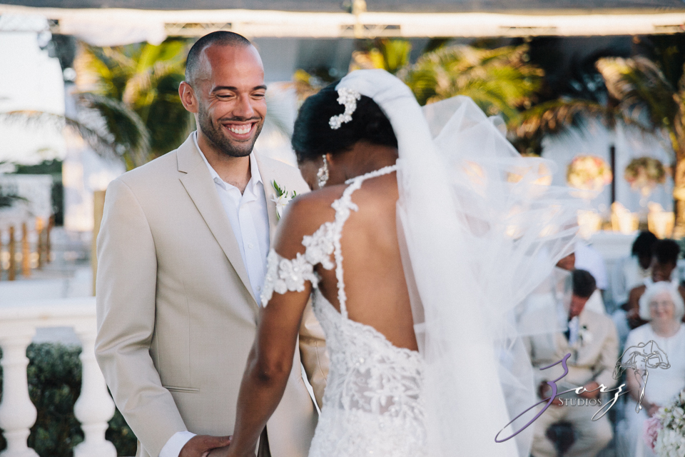 bell hunters stephanie josh dominican republic wedding