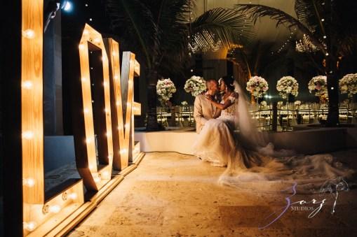 Bell Hunters: Stephanie + Josh = Dominican Republic Wedding by Zorz Studios (32)