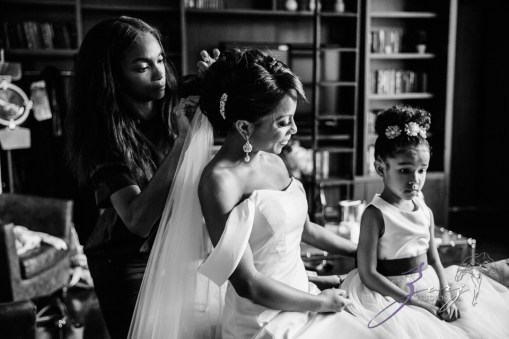 Bandana: Ana + Dana = Freaking Stylish Manhattan Wedding by Zorz Studios (94)