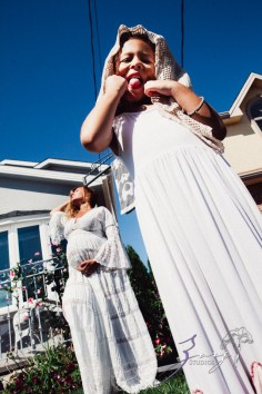 Cuatro+: Whimsical Family Maternity Session by Zorz Studios (26)