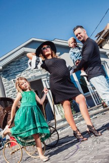 Cuatro+: Whimsical Family Maternity Session by Zorz Studios (9)