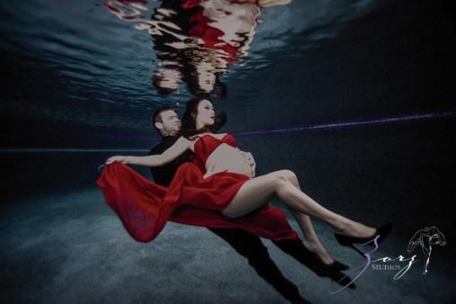 Vivacity: Stylish Underwater Maternity Shoot by Zorz Studios (ZORPHOTOUR 2018) (6)