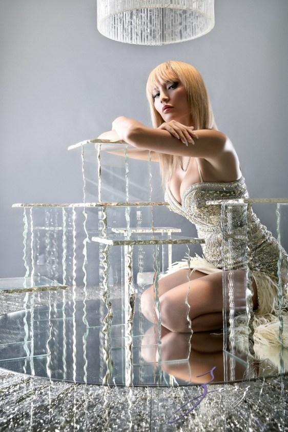 High Glass: Beauty of Lillian Gorbachincky of Cosmopolitan Glass, Squared | Zorz Studios (21)