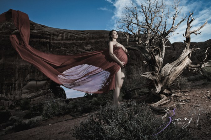 Best Shod: Photographer's Wife Maternity Shoots in Epic Locations by Zorz Studios (6)