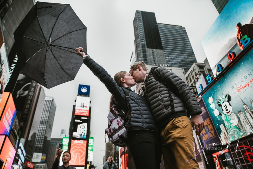 Trop Précieux: Frenchman's Marriage Proposal on Times Square by Zorz Studios (23)