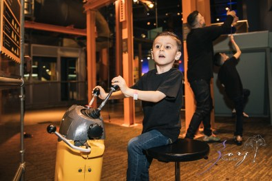 Saaeyints: Liberty Science Center Family Photography by Zorz Studios (4)