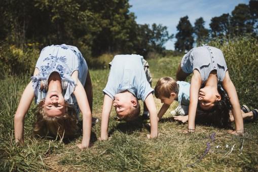 Field Trap: Sunflower Field Photoshoot for Three Families by Zorz Studios (8)