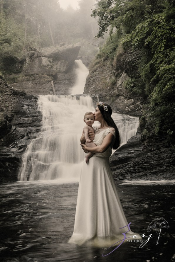 Veyear: Our Baby Girl First Birthday Photoshoot in Poconos by Zorz Studios (37)