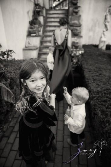 Womansion: Stylish Family Shoot at Vanderbilt Museum by Zorz Studios (9)