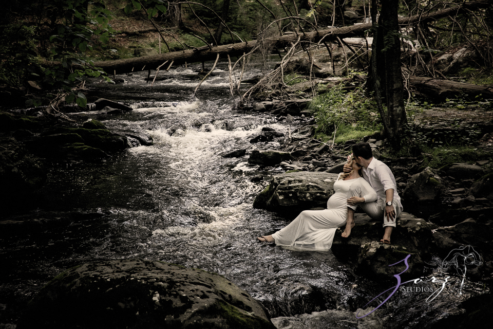 Tesori: Maternity Photoshoot in Poconos by Zorz Studios (23)