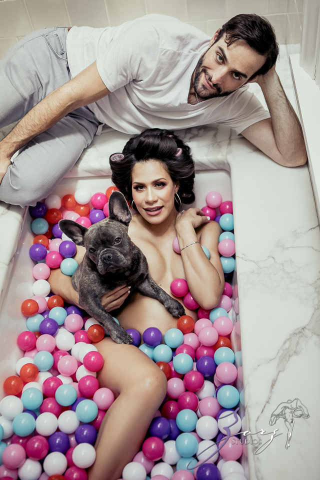 Bubble: Chic Maternity Photography in Manhattan by Zorz Studios