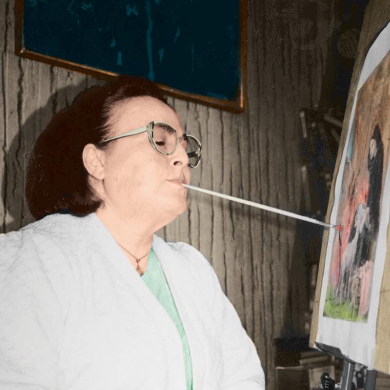 Ελένη Μαρίνου, Ζωγραφική με το στόμα και το πόδι